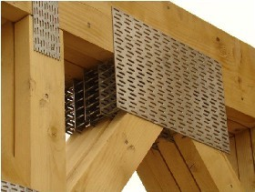 hala din lemn industrializata